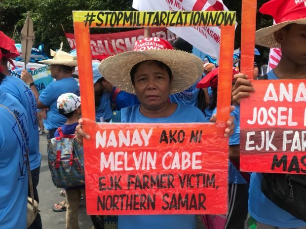 Mom of farmer 'shot by soldiers' calls for justice in Sona protest
